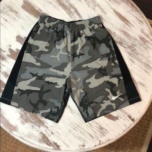 Nike Football Camo Athletic Shorts Men's Large